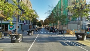 Reduction of 4 or more wheel lanes into only one lane and utilization for public spaces and greening